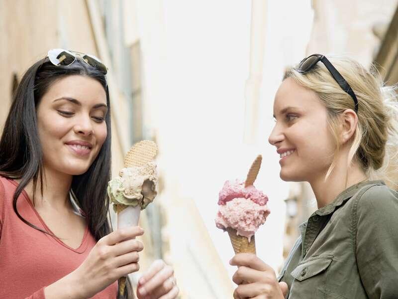 Gelato in Italien - unvergleichlich! Auf unserer smart&small Reise  nach Rom probieren wir die köstliche Vielfalt der italienischen Eissorten.
