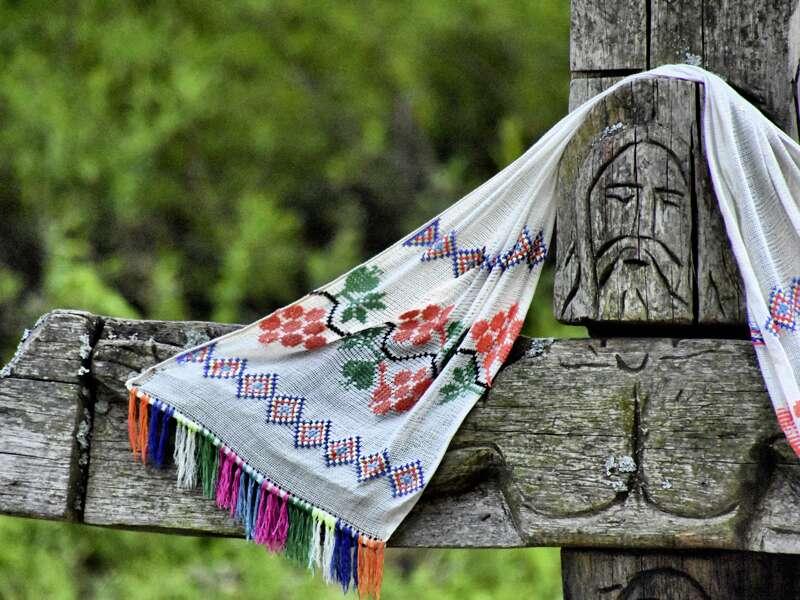 Wir erfahren auf unserer Rundreise durch Siebenbürgen, dass die Siebenbürger Sachsen in enger Beziehung zur evangelischen Kirche standen.