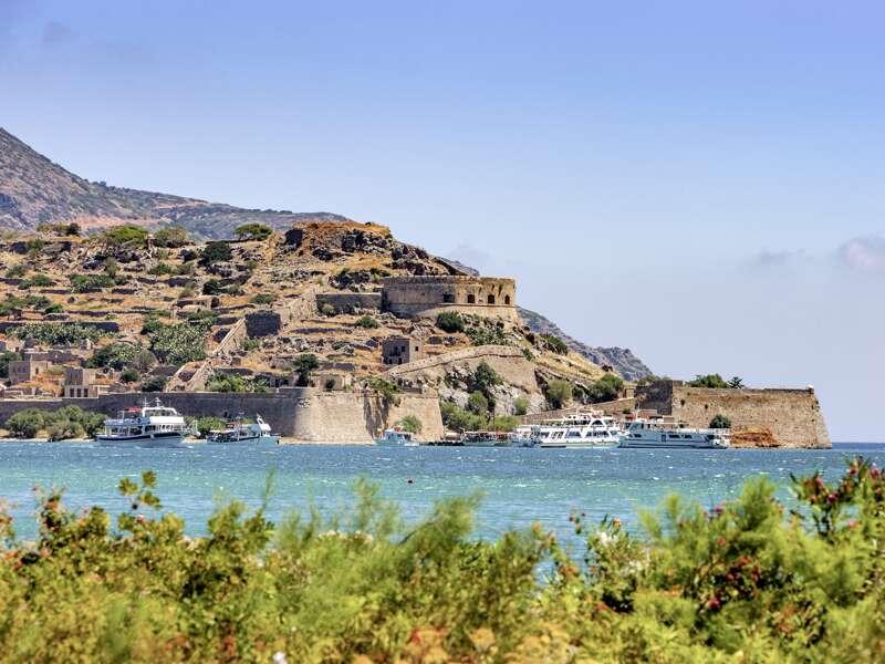 Zum Programm unserer Singlereise nach Kreta gehört eine Bootsfahrt nach Spinalonga.