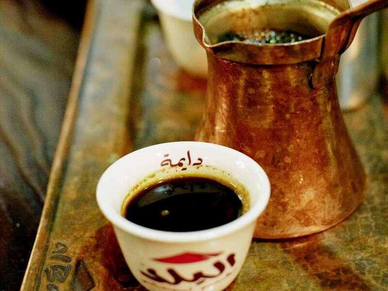 Ein Genuss ist ein frisch aufgebrühter arabischer Kaffe!