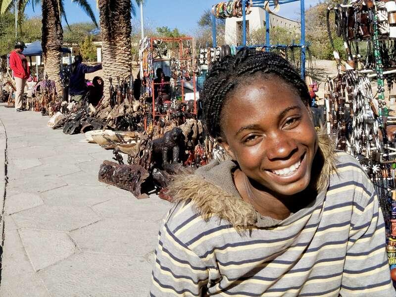 Erleben Sie bei unserer zwölftägigen Studienreise Namibia - im Überblick die wichtigsten Sehenswürdigkeiten des Landes und die Herzlichkeit seiner Menschen!