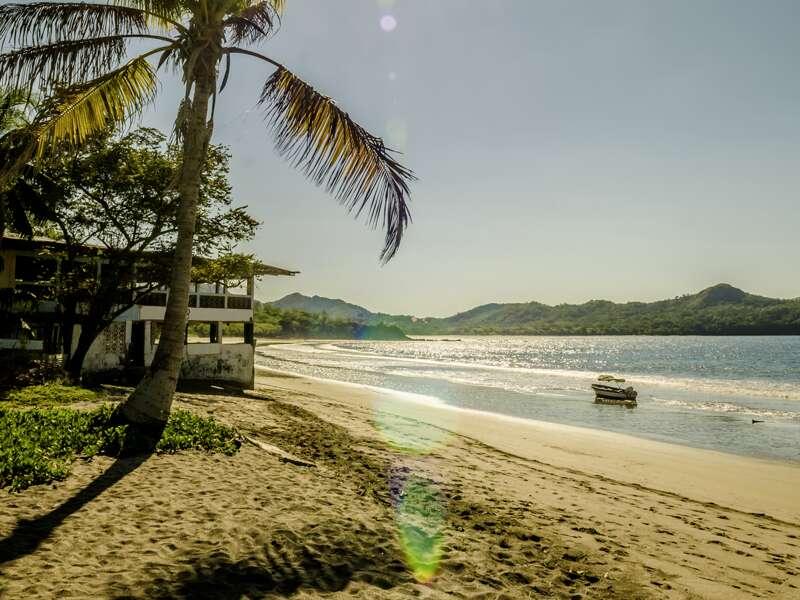 Auf unserer Studienreise durch Costa Rica verzaubert uns der Blick auf den Pazifik.