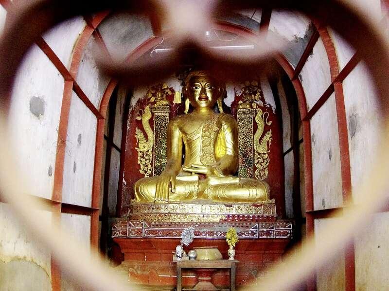 Der Besuch des goldenen Buddhas zählt zu den Highlights auf unserer Studienreise durch Myanmar.