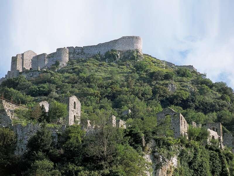 Die Ruinenstadt Mistra (UNESCO-Welterbe) beschert uns ein eindrucksvolles Zeugnis byzantinischer Kultur und ein spannendes Gespräch mit den Nonnen im Kloster Pantanassa.