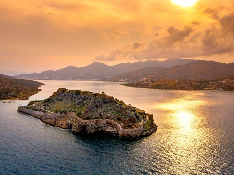 Auf unserer Studienreise auf die Insel Kreta besuchen wir außerdem die Insel Spainalonga.