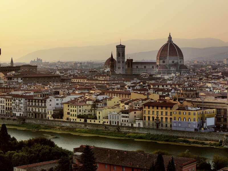 7 Tage verbringen wir auf der klassischen Studienreise in Florenz mit seinem mächtigen Dom.